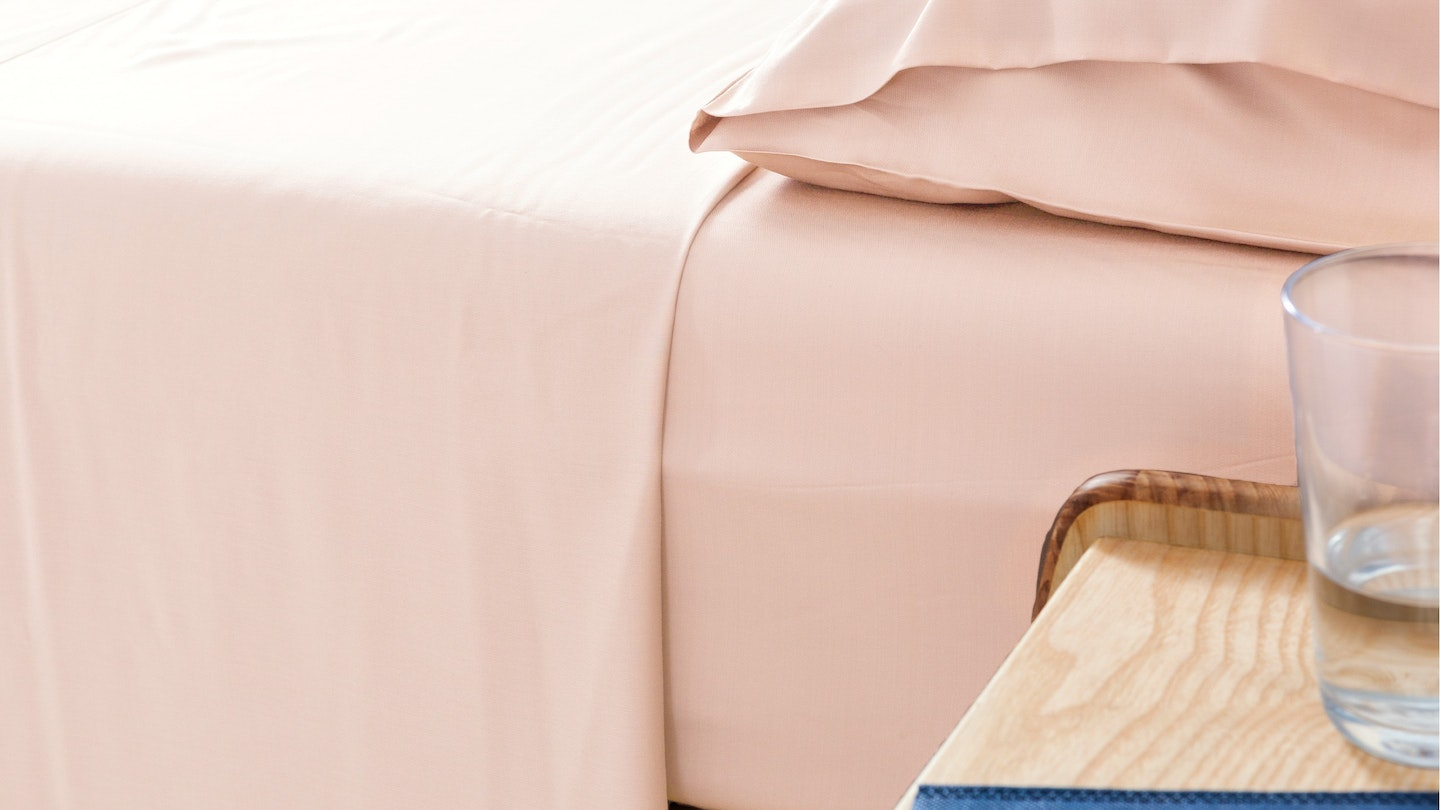 Ecosa light pink bamboo sheet set