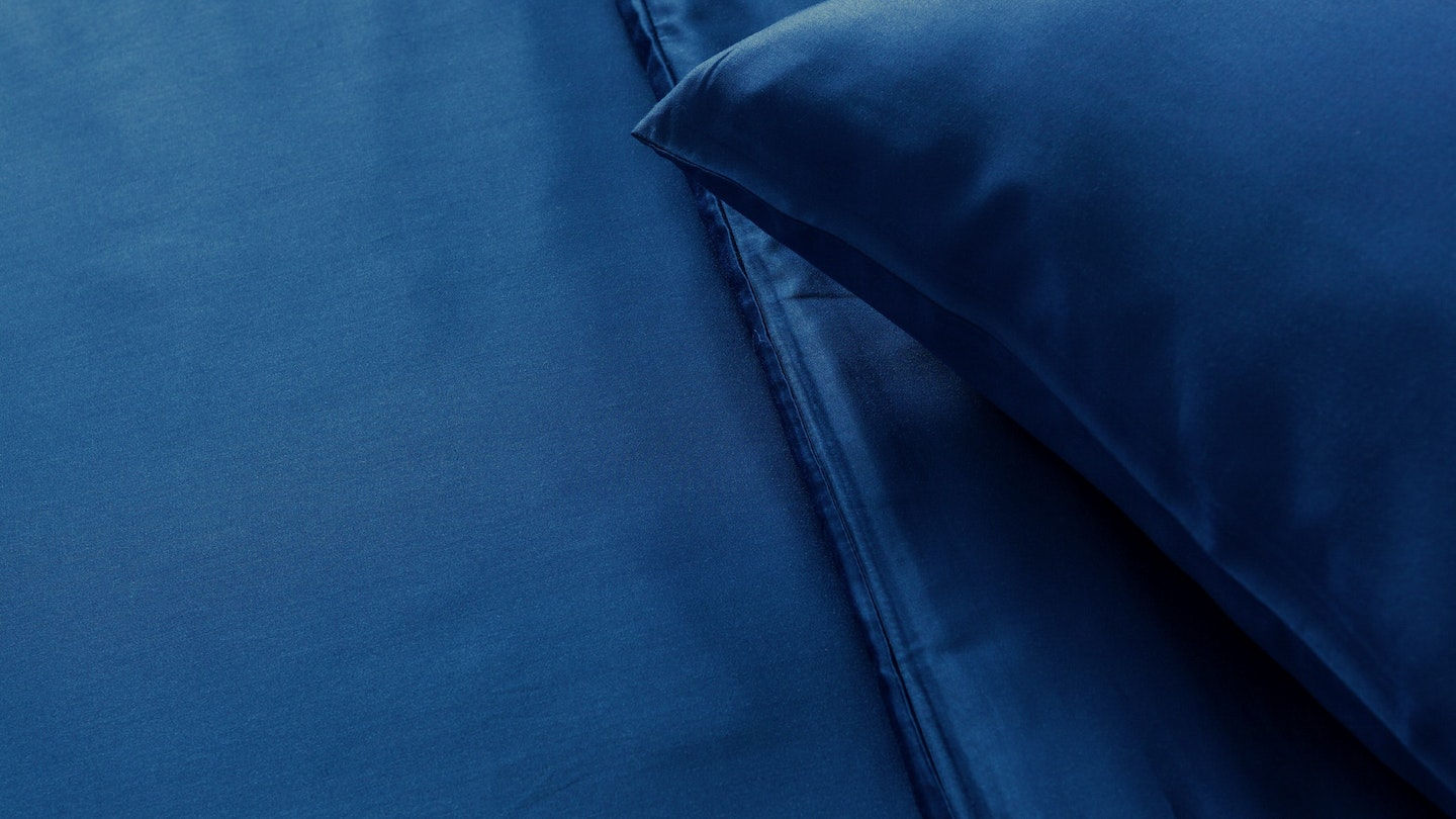 Ecosa navy blue bamboo pillowcase