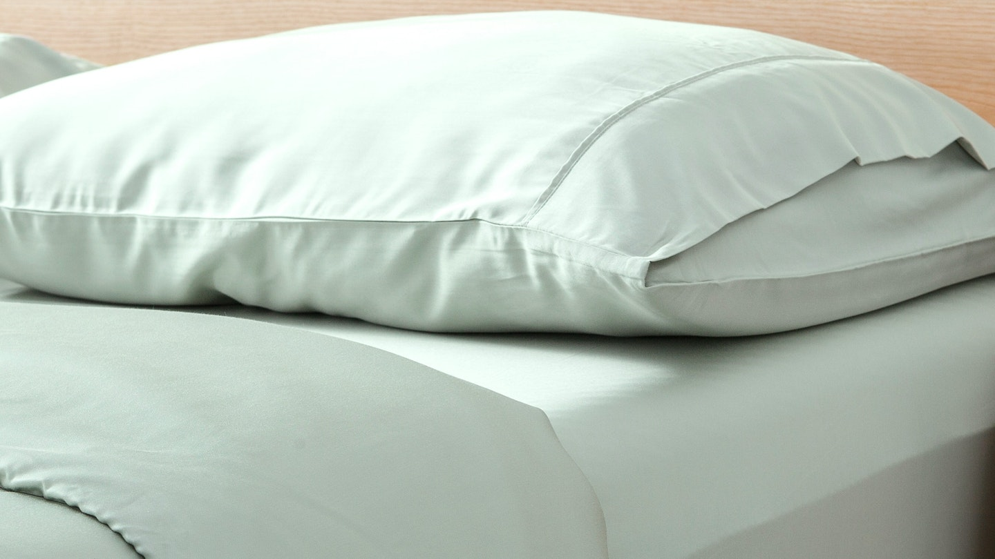Ecosa glacial green bamboo pillowcase