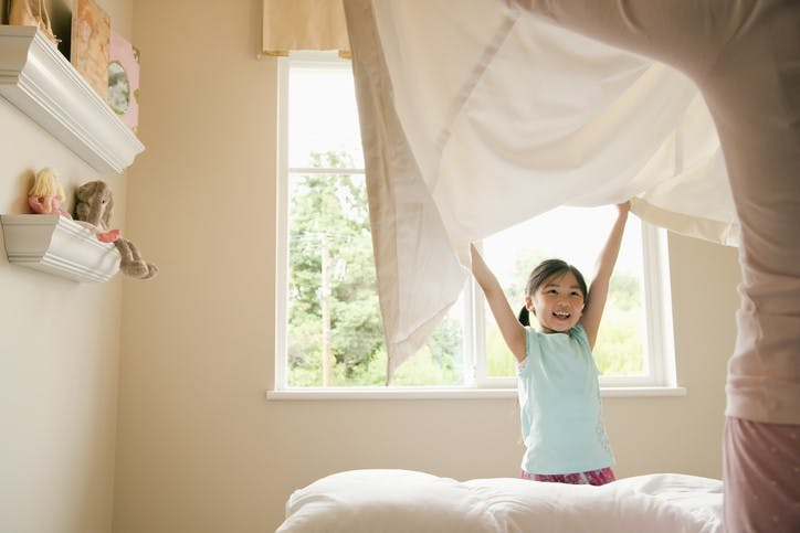 Should You Make Your Bed In The Morning?