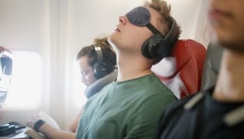 4 Ways to Cure Jet Lag Fast