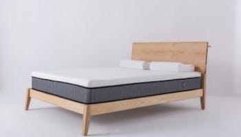 What's the Best Bed Base for a Memory Foam Mattress?